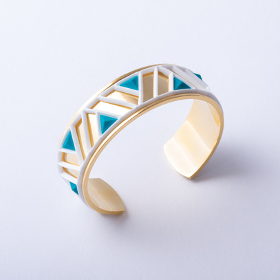 Gold cuff with Tetra white and blue accent