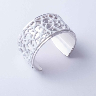 "Silver plated cuff with Lace ""Ornamental"" accent"